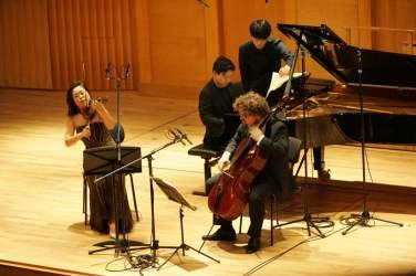 130 Trio Gaon Auftritt (6)