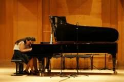 70 Ani und Nia Sulkhanishvili Auftritt