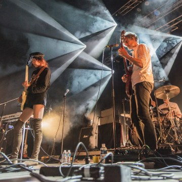 blonde-redhead-les-georges-fribourg-13-2017-15