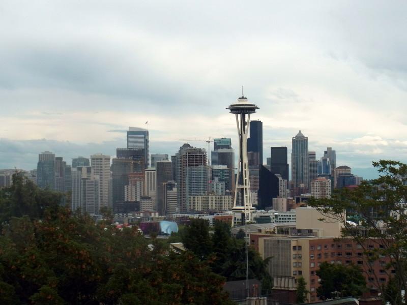 Seattle skyline - LiveRecklessly.com