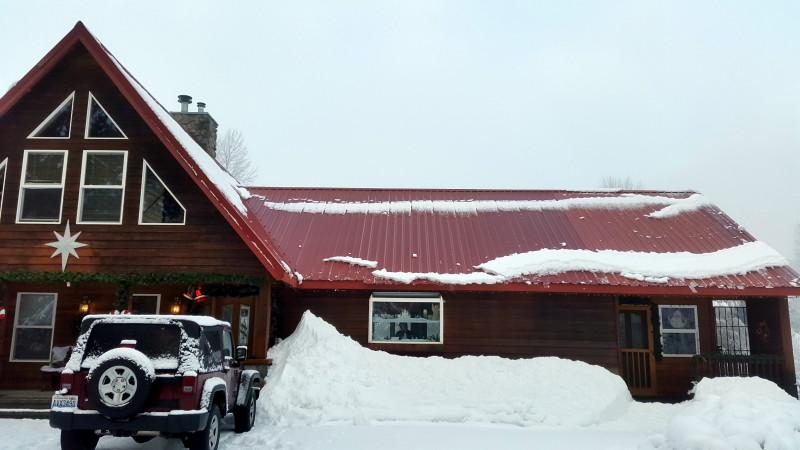 Christmas at Blue Grouse Lodge Leavenworth - LiveRecklessly.com
