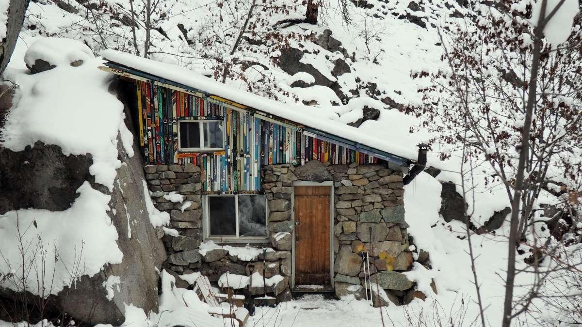 rustic cabin in Leavenworth Washington - Live Recklessly