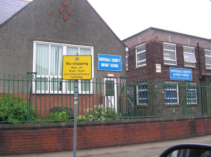 Escuela de primaria de Lennon y Harrison (Dovedale )