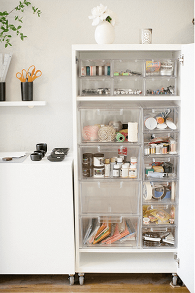 The 5 non-negotiables for buying organizing products. Because The Container Store can be as overwhelming as it can be delight-inducing.