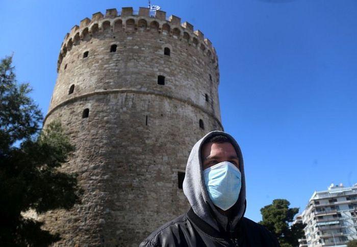 Από τη χρήση της μάσκας μέχρι τα πανηγύρια