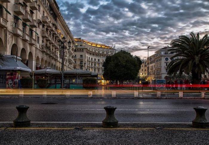 Θεσσαλονίκη: Φόβοι για λουκέτα σε 1 στα 3 μαγαζιά – Κρίσιμος Αύγουστος