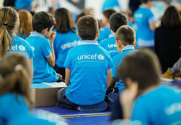 UNICEF: 1 στα 3 παιδιά είναι μολυσμένα από μόλυβδο