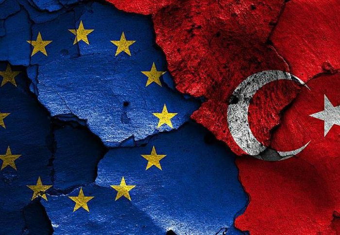 Κομισιόν: Αναμένουμε μια ειρηνική λύση από την Τουρκία στην Ανατολική Μεσόγειο