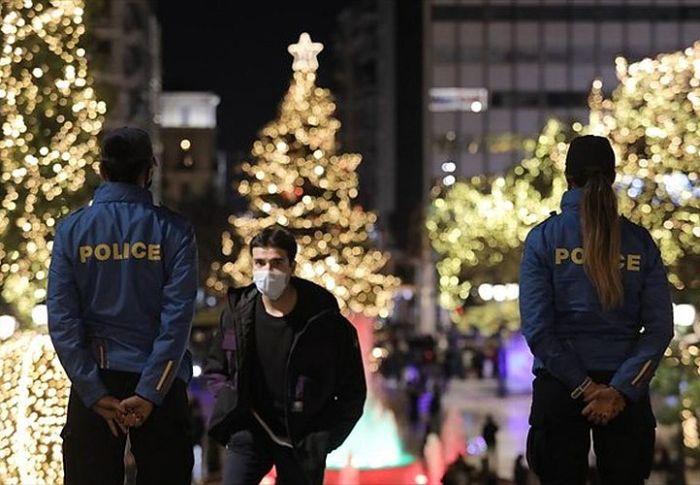 10 περιοχές της χώρας σε κατάσταση πολιορκίας – Τι φοβούνται οι επιστήμονες μετά τις γιορτές