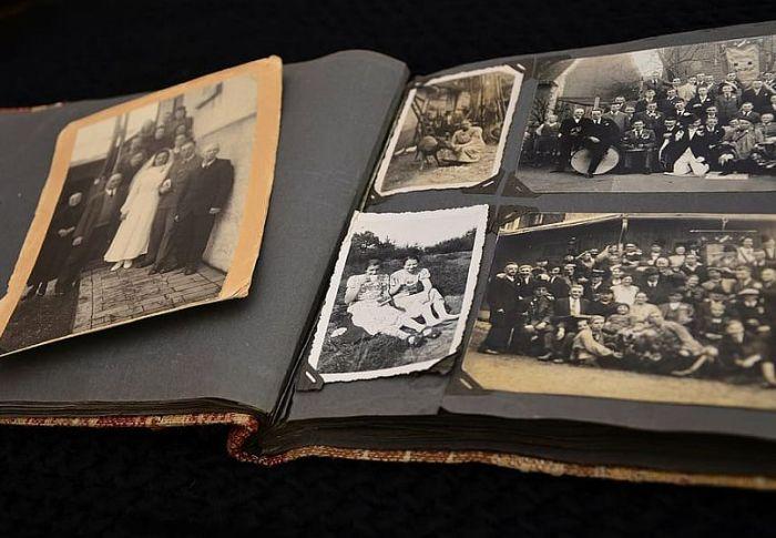 Καλύτερο back up είναι το παραδοσιακό φωτογραφικό άλμπουμ
