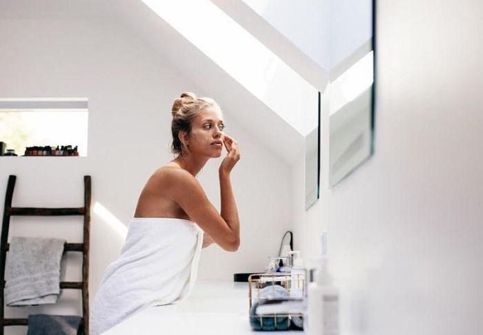 Face Dry Brushing: Η νέα skincare συνήθεια – Τι προσφέρει στην επιδερμίδα