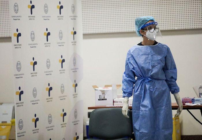 «Lockdown» στους ανεμβολίαστους – Όλα τα νέα μέτρα