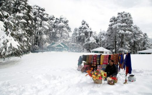 Snowfall in kashmir