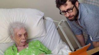 Ένας άγνωστος επισκέφθηκε αυτή την άρρωστη γυναίκα για τον πιο όμορφο λόγο…