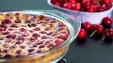Μια εύκολη συνταγή για Παραδοσιακή Γαλλική Κερασόπιτα – Έτοιμη σε λίγα λεπτά (Βίντεο)
