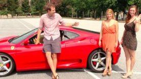 Πως-αντιδρούν-οι-άνδρες-στη-θέα-δυο-γυναικών-με-Ferrari-βίντεο-01