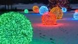 Πώς να φτιάξετε αυτές τις υπέροχες χριστουγεννιάτικες φωτεινές μπάλες! (Βίντεο)