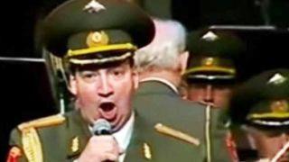 Όταν η αδικοχαμένη χορωδία του Κόκκινου Στρατού ερμήνευε ανατριχιαστικά Θεοδωράκη-Ρίτσο (ΒΙΝΤΕΟ)