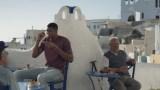 Ο Γιάννης Αντετοκούνμπο πρωταγωνιστεί σε διαφήμιση και προβάλει την Ελλάδα σε όλο τον πλανήτη