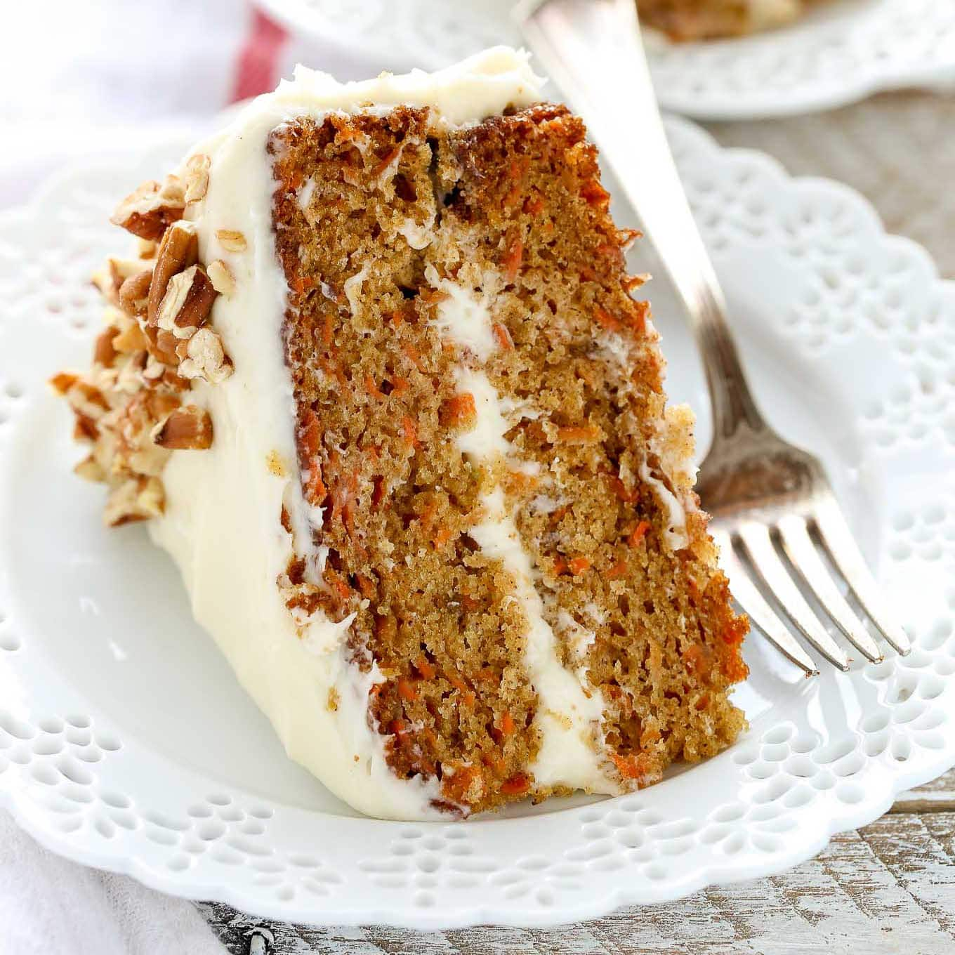 Simple carrot cake cream cheese frosting