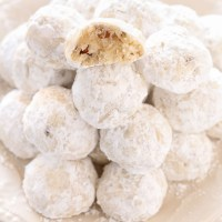Snowball Cookies + VIDEO