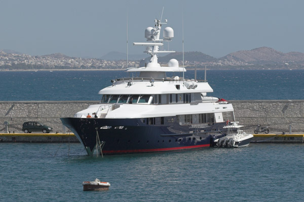 Helios 2 Superyachts News Luxury Yachts Charter