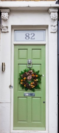 london-green-door-christmas