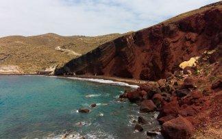 red-beach-santorini