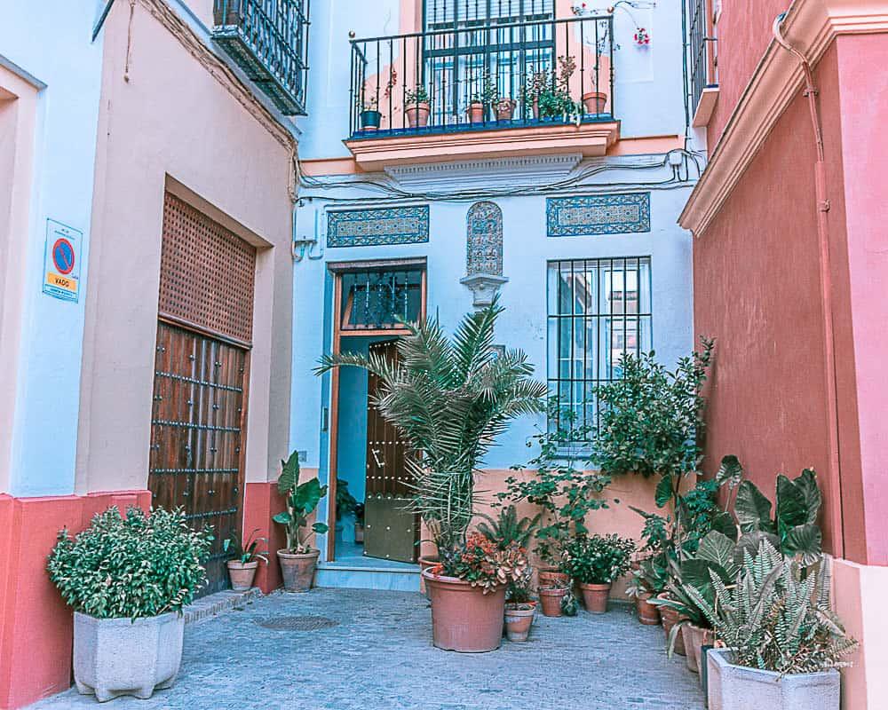 door in seville spain jewish quarter