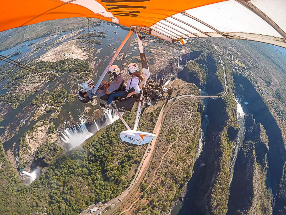 microlight over vic falls.