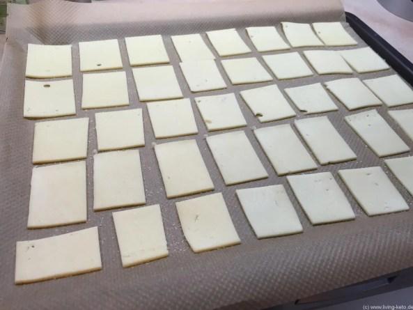 Käse-Chips vor dem Backen