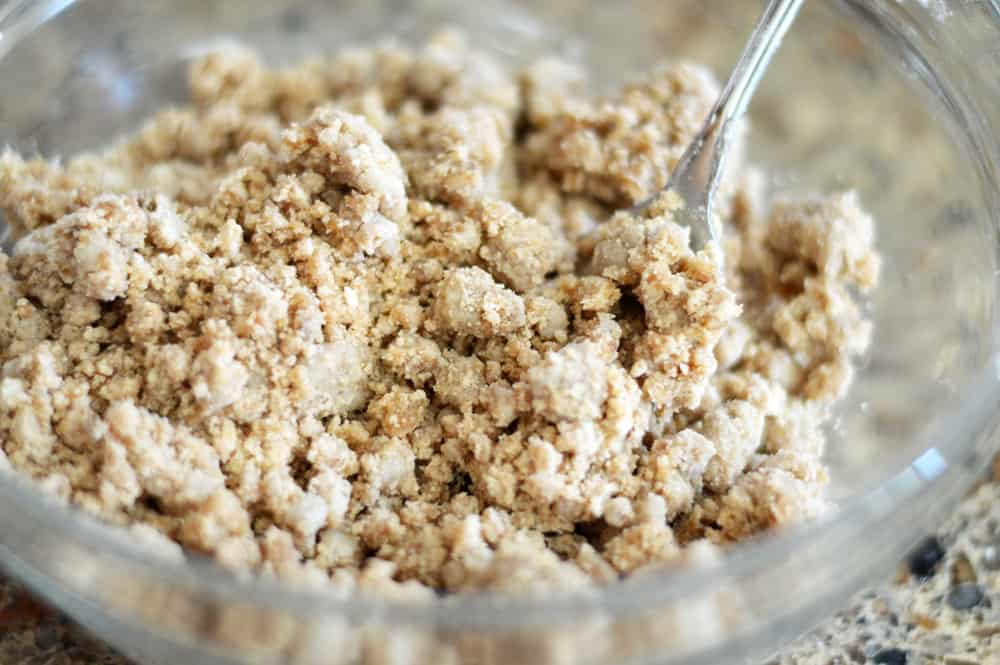 Apple crumb topping