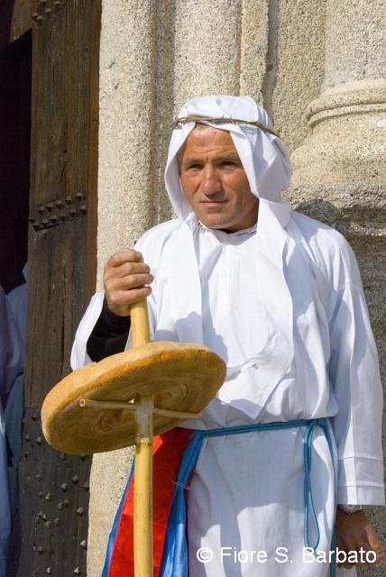 Sabato Santo procession with bread, Stilo by Fiore S Barbato