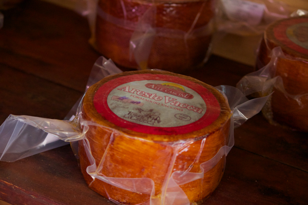 Areste Vacca (a pleasant tasting cow's milk cheese)