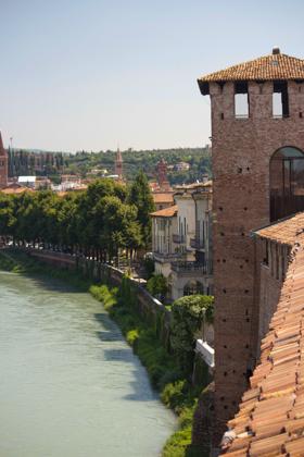 Castelvecchio along the river