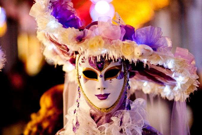 Carnevale mask by Luigi Cavasin
