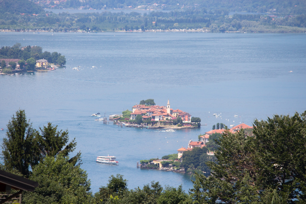 Isola dei pescatori in the back and Isola bella in the front right