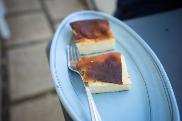 Budino di ricotta (ricotta pudding flavoured with lemon)