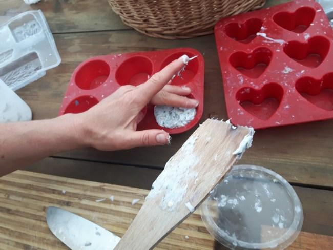 zeep in vormpjes doen