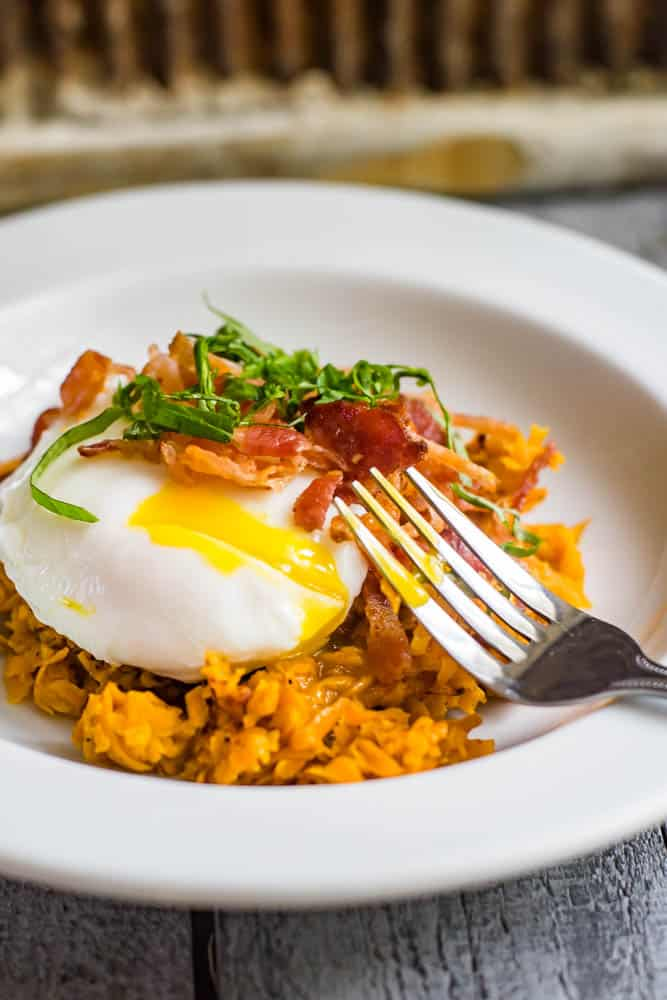 Low-Carb Sweet Potato Breakfast with Poached Egg