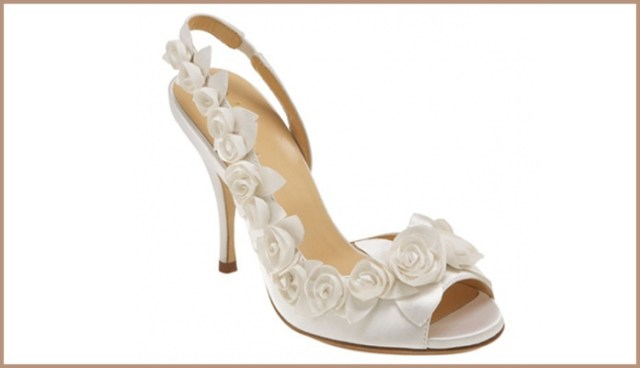 Bridal Sandals with Enthralling White Rose Pattern