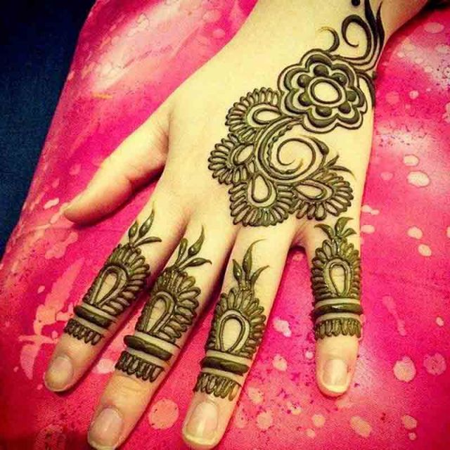 Henna Design for a Beautiful Look