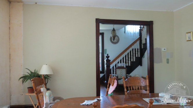 dining room looking into entry hall before renovation