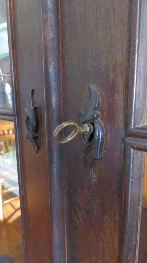empire bookcase victorian key