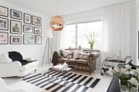 377ft2 Scandinavian studio apartment in black and white ...