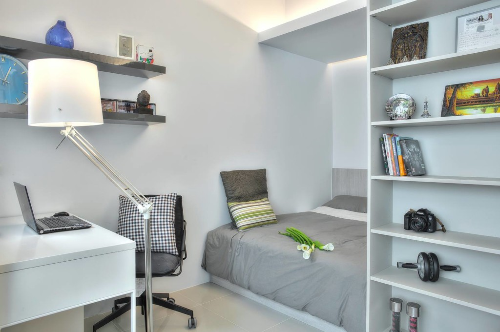 A 345squarefoot openplan apartment spiced with a dash