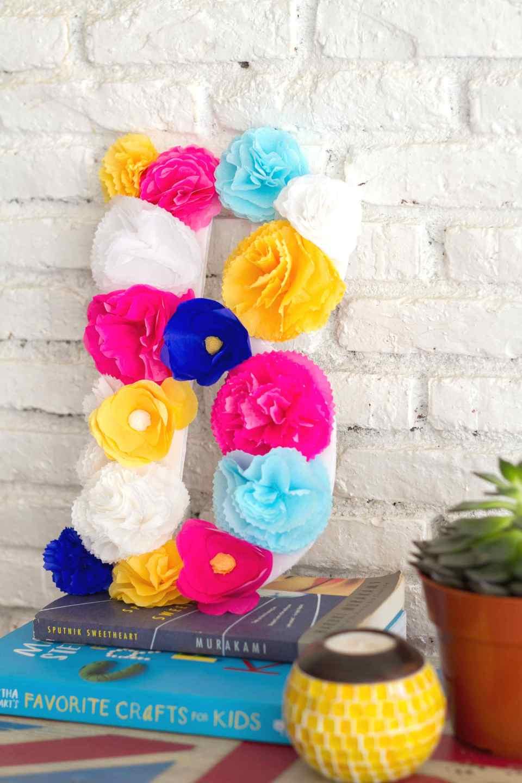 DIY-sibebo-paper-flower-monogram-for-livingloving-11