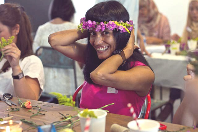 event-LivingLoving-Class-Play-with-flowers-august-2014-15