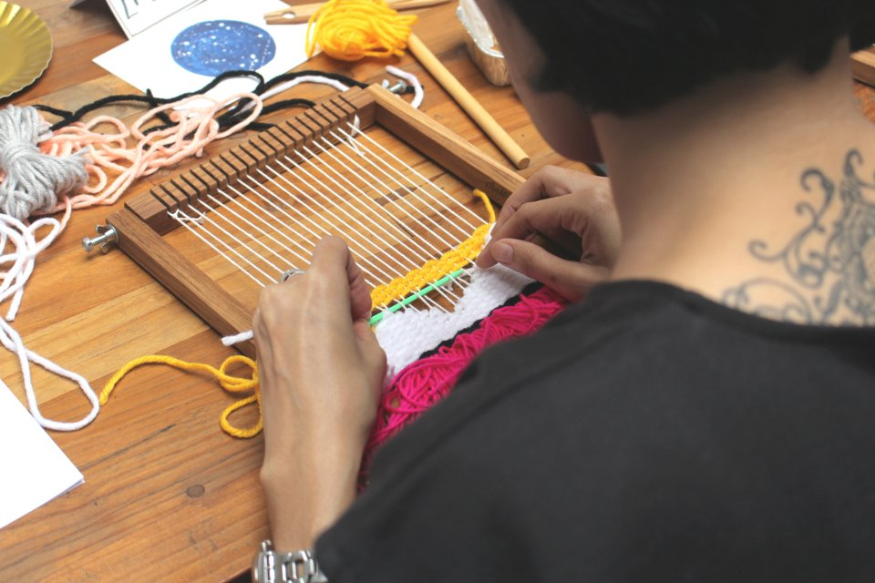 afternoon-delight-weaving-session-nike-prima-svasti-manggalia-23