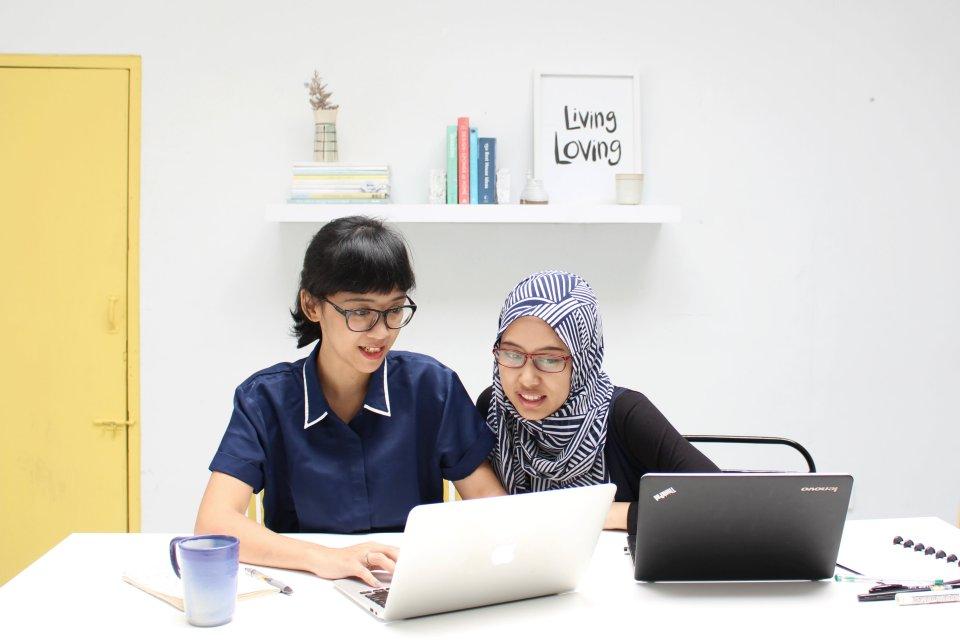 livingloving-nike-miranti-blogging